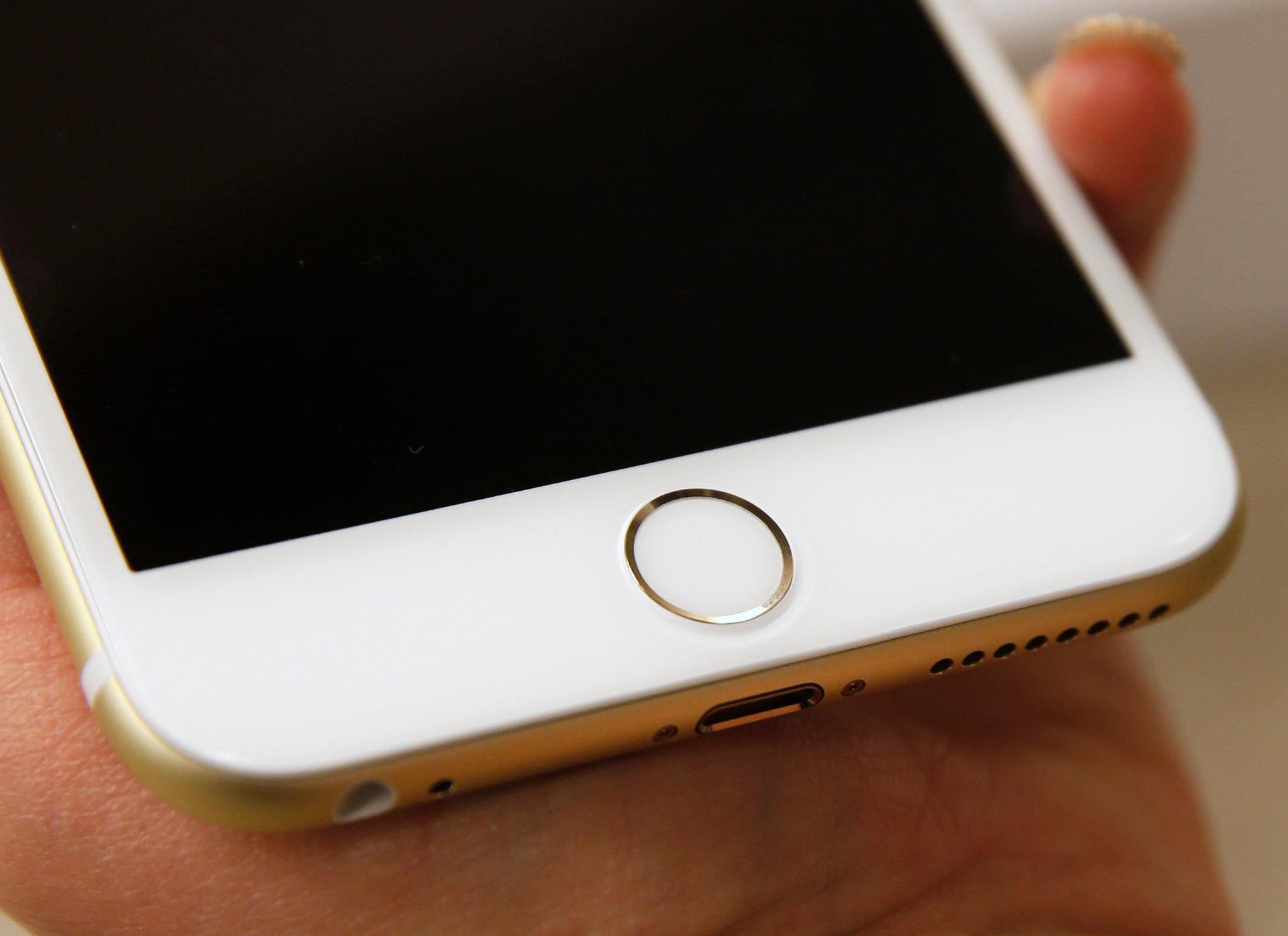 Apple está trabajando en un iPhone con un sensor de huellas digitales detrás de la pantalla